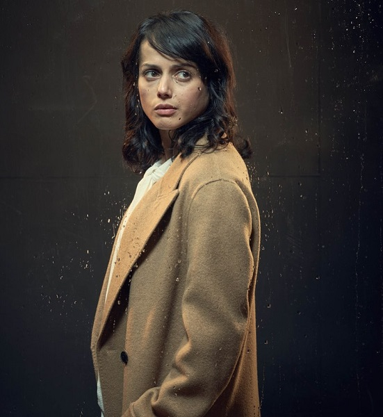 Amrita Acharia Boyfriend, Parents, Ethnicity: Who Plays Holly in The Sister?