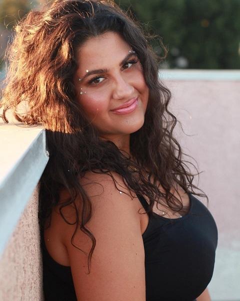 Natasha Behnam: 10 Facts on American Pie Actress