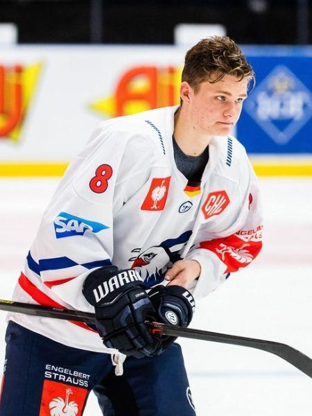 Tim Stuetzle: Facts on Ottawa Senators First Pick
