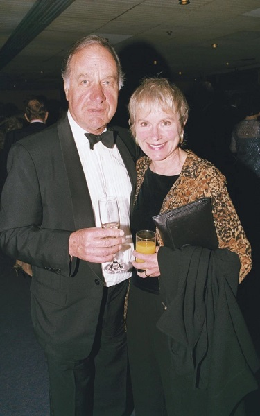 Who Is Actress Sally Green? Everything On Geoffrey Palmer Wife And Family