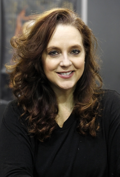 Suanne Braun The Princess Switch: 10 Facts on South African Actress
