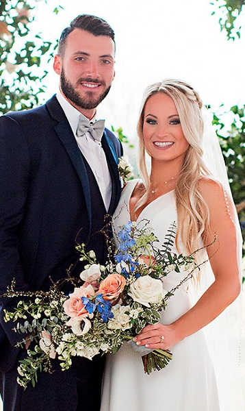 Brandon Allen Wife, Age, Salary, Net Worth: Facts To Know About