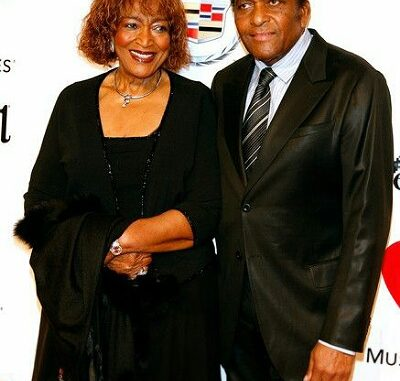 Rozene Cohran Net Worth 2020: Everything On Charley Pride Wife And Family