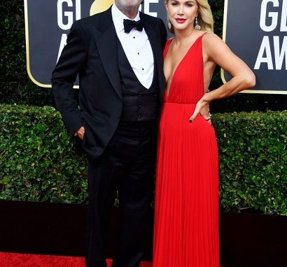 Who Is Chuck Lorre Wife? Everything On His Age, Family and Net Worth 2020