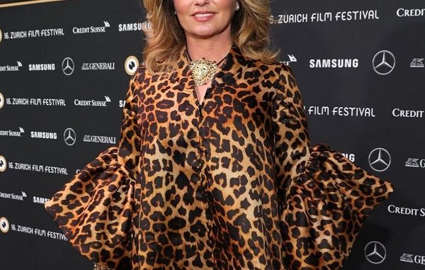 How Much is Shania Twain Worth? Age, Husband: Everything To Know About