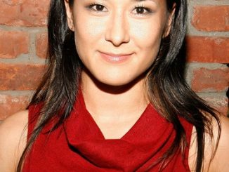 Jennifer Ikeda Age: 10 Facts On Dash & Lily Actress