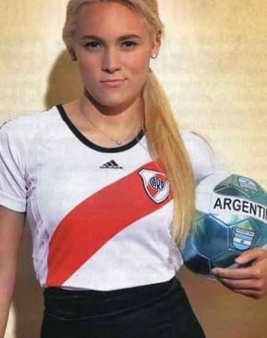 Rocio Oliva Edad, Age, Novio and Instagram: Diego Maradona Girlfriend