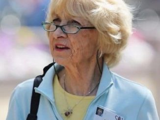 Astrid Menks Net Worth: Everything On Warren Buffett Wife And Family