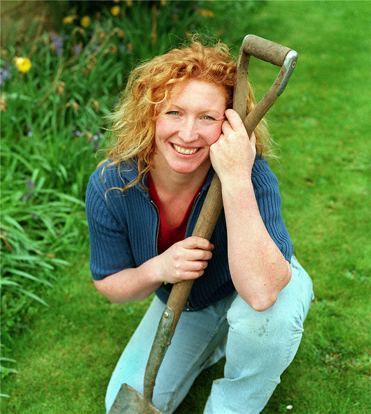 What Happened To Charlie Dimmock? Did She Leave Garden Rescue?