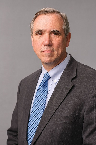Jeff Merkley Wife And Family: 10 Facts To Know About