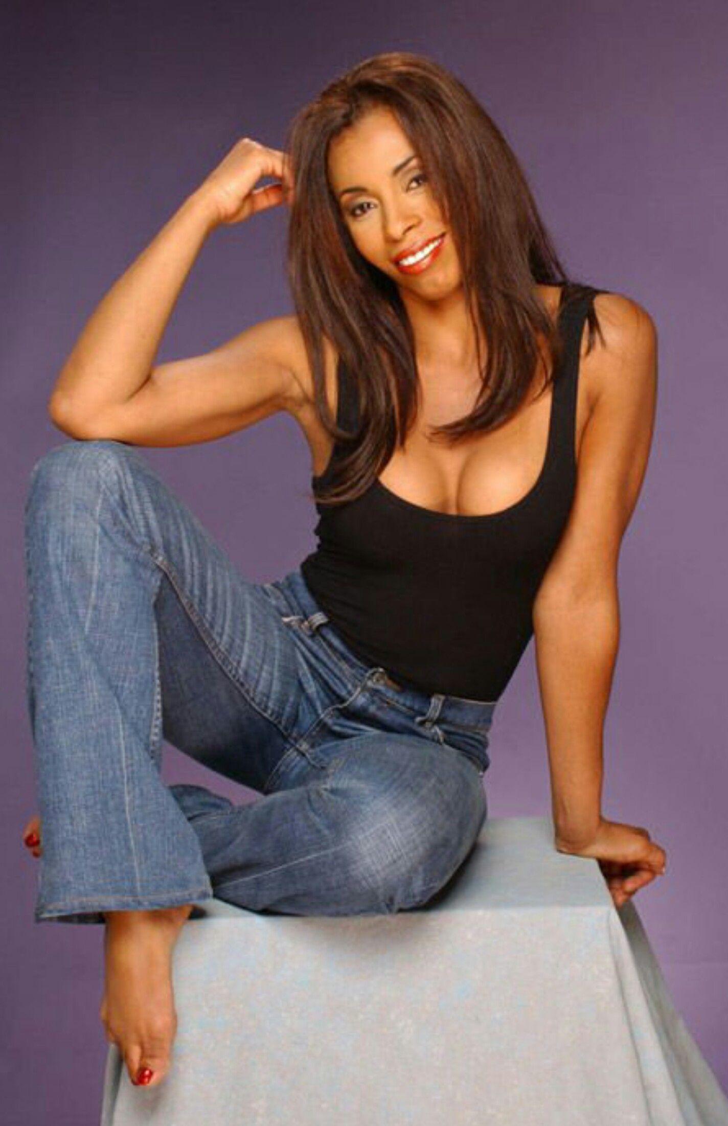 Khandi Alexander American Actress