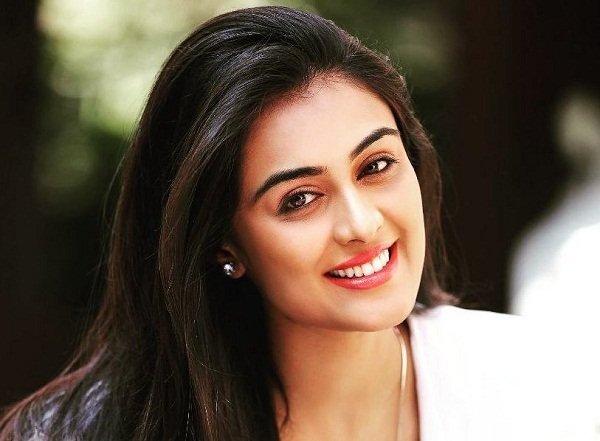 Neha Hinge Indian Actress
