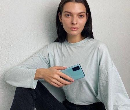 Sasha Zotova Age: Meet Her On Instagram