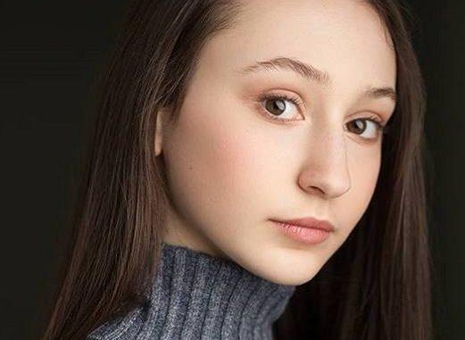 Yael Yurman Age: How Old Is Firefly Lane Actress?