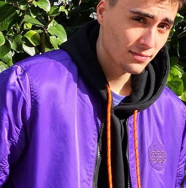 Who is Karchez Twitch? Age And Instagram Bio