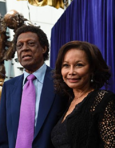 Where is Elgin Baylor Ex-Wife Ruby Saunder Now? Meet His Children And Family