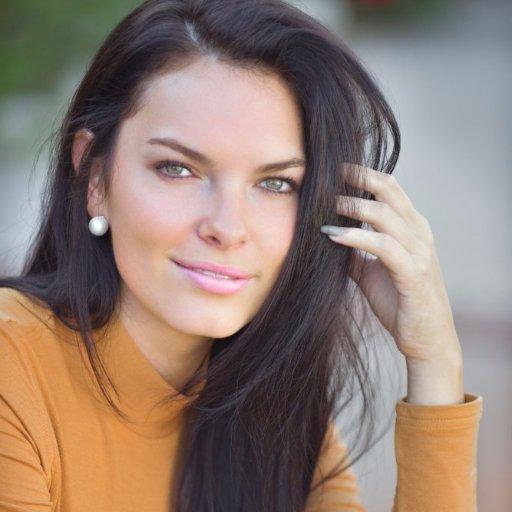 Lexis Nutt American Actress