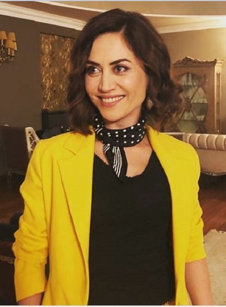 Who is Selen Ozturk From Netflix Paper Lives? Everything On The Actress