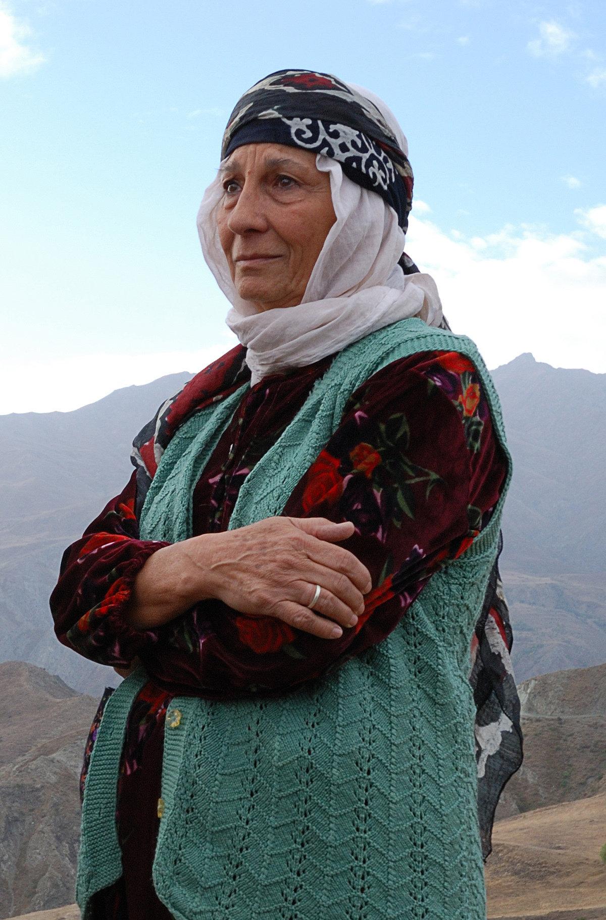 Yildiz Kültür Turkish Actress