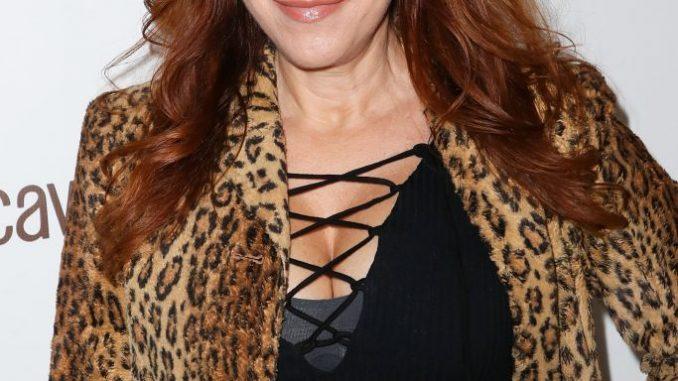 Lisa Ann Walter body 201x300