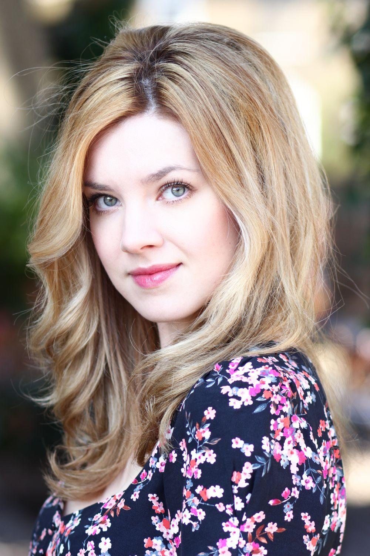 Evie Wray British Actress