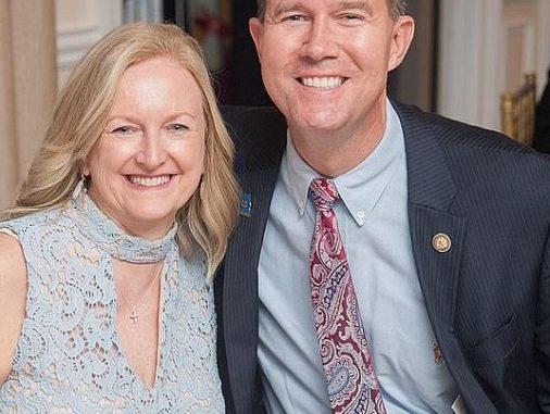 Who is Cindy Benford Merrill? John Merrill Family And Children