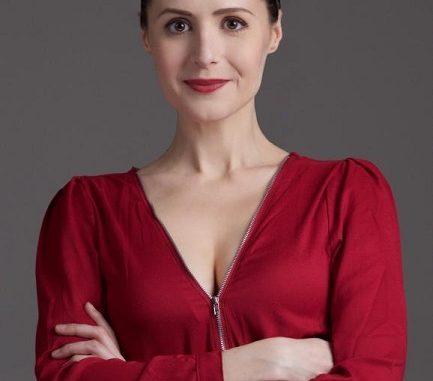 Karen Gagnon American Actress