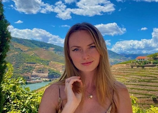 Who is Jordan Roemmele? Meet Adrian Grenier Girlfriend On Instagram