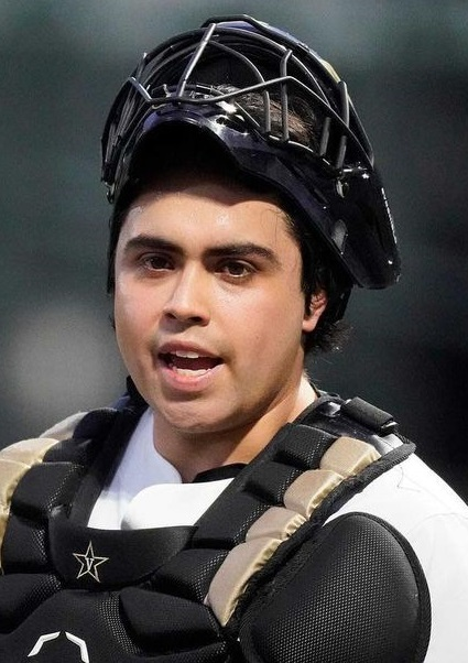 CJ Rodriguez Dad, Height Age And Wikipedia – Is He Related To Pudge Rodriguez?
