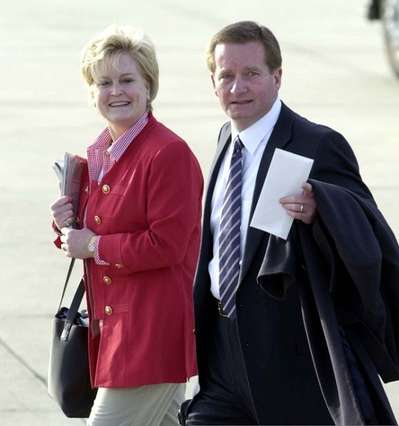 Where is Jim Fassel Wife Kitty Now? Sons And Family Details