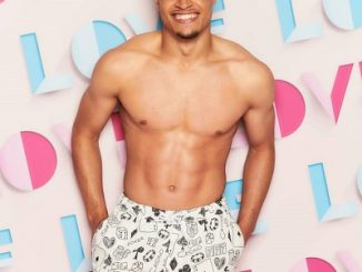 Love Island 2021 – Toby Aromolaran Age Height And Wiki, Is He Disabled?