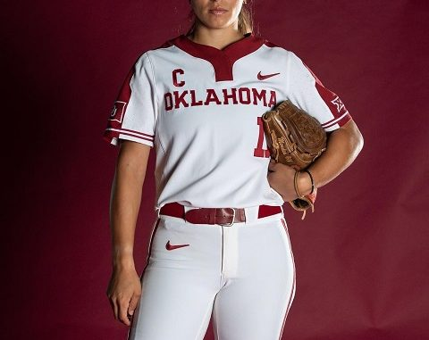 Who is Nicole Mendes? Everything On Softball Player