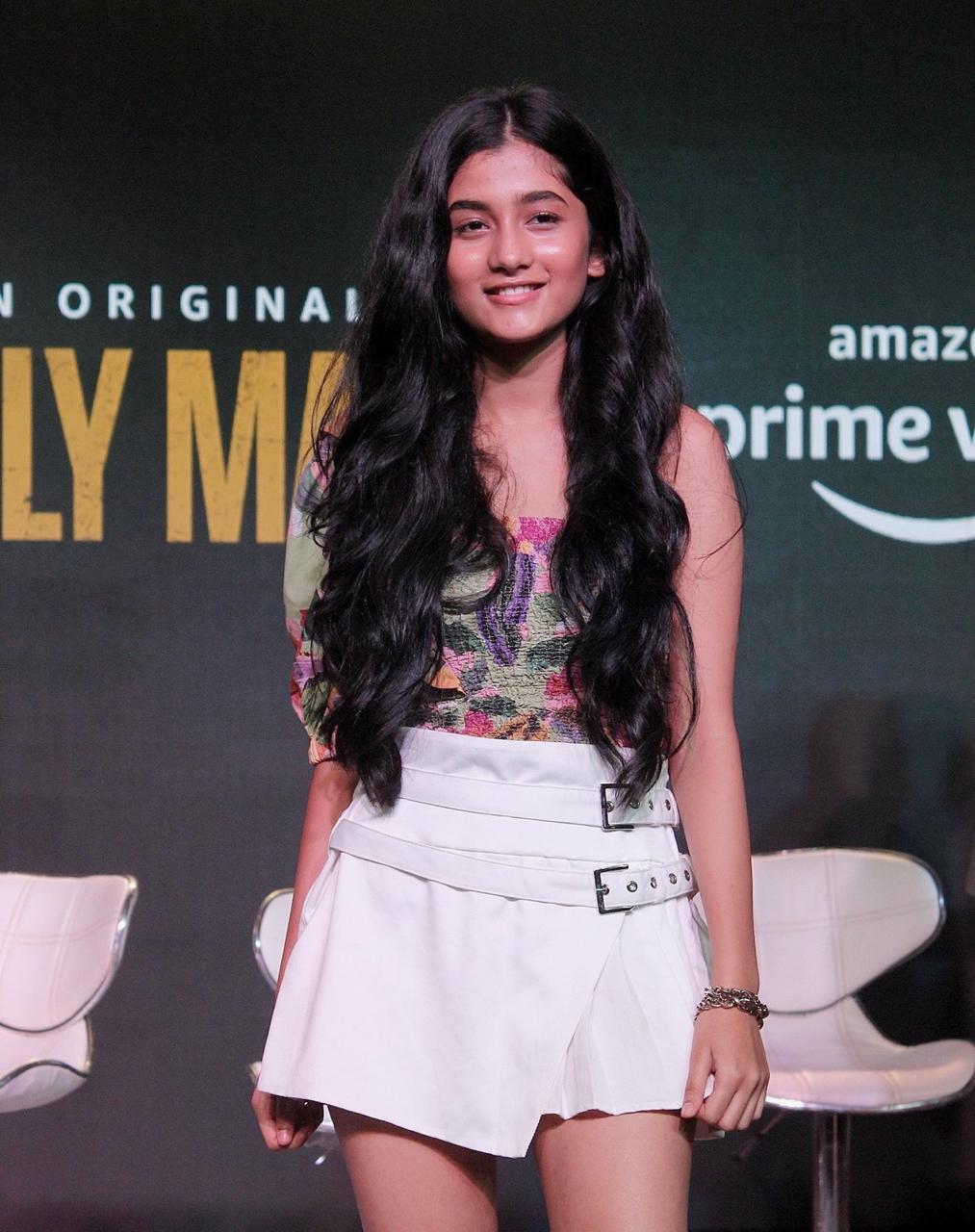 Ashlesha Thakur 5