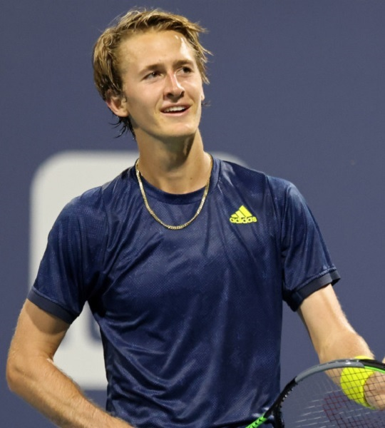 Does Sebastian Korda Have Wife Or Girlfriend? His Relationship Details
