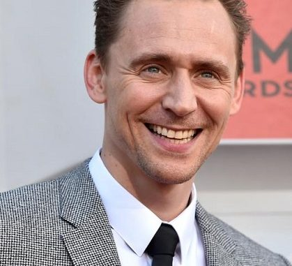 Was Actor Tom Hiddleston Arrested? Mugshots Are Surfacing On The Internet