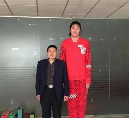 Who Are Zhang Ziyu Parents? Height In Feet Revealed