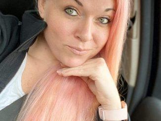 Who Is Kelly Morris Aka Bubblegumkelz? TikTok Nurse Suspended