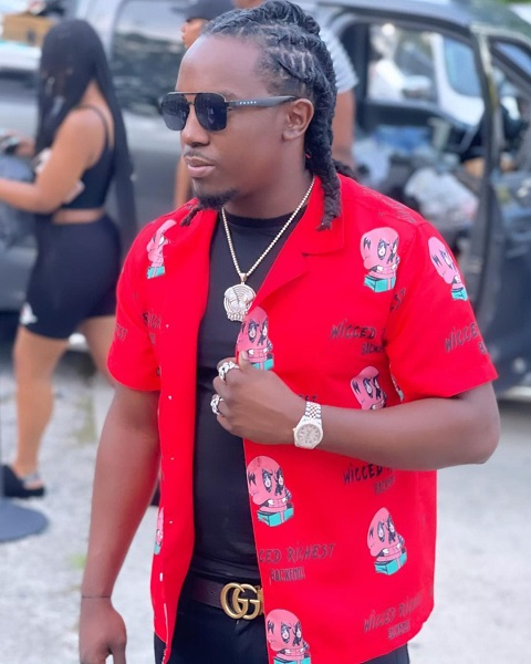 Who Is Rapper Yung Petro? Know His Net Worth Age And Real Name
