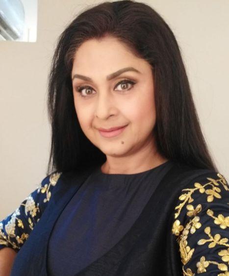 Dolly Minhas Indian Actress