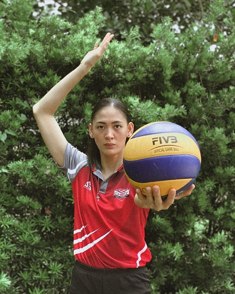 Jaja Santiago Is An Up And Coming Volleyball Player In Filipino – Get To Know Her