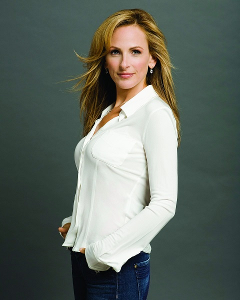 """""""CODA"""" Actress Marlee Matlin Talks About Being Deaf – Take A Look At Her Family"""