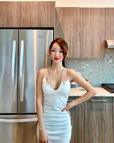 Yeonmi Park Plastic Surgery – Husband Ezekiel And Married Life – Her Son Name Revealed