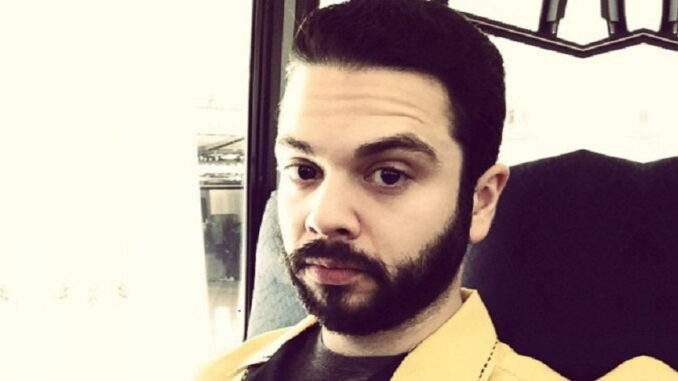 Facts About American Actor Samm Levine